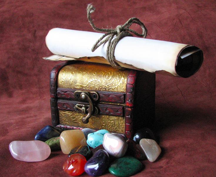 Пиратский сундук с сокровищами