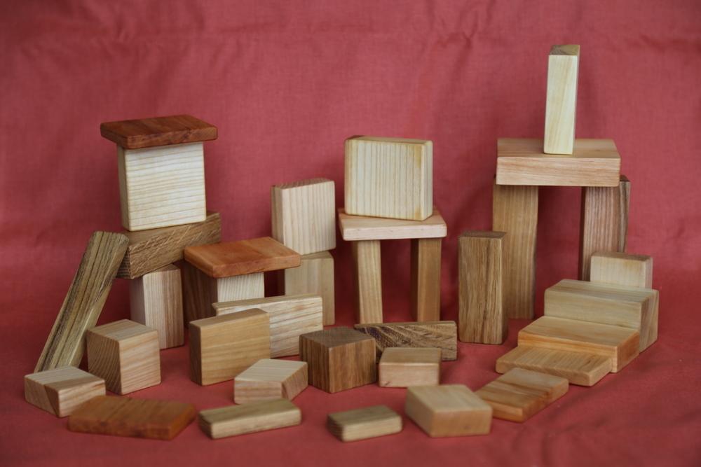 """Конструктор """"Строитель"""" из 7 пород дерева (32 элемента), Древосвет"""