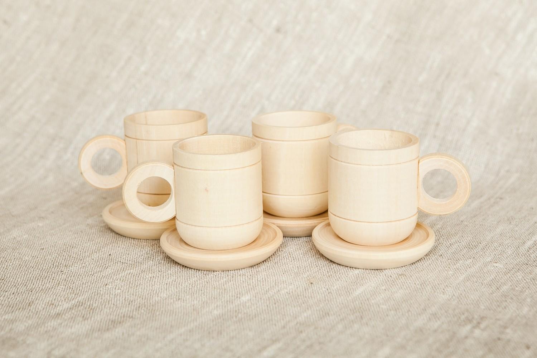 Набор деревянной посуды (чашки с блюдцами)
