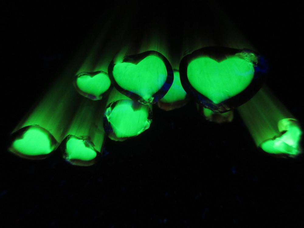 BGS Illuminati Love (Illuminati Heart with Half Blood Border)