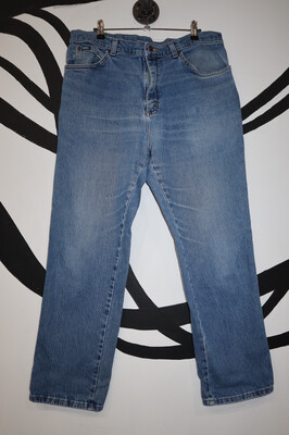 Medium Wash Straight Leg Lee Jeans - Size 38x30