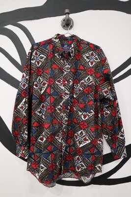 Ornate Diamond Pattern 417 by Van Heusen Button Down - Size M