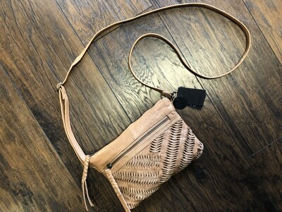 Day & Mood Ebony Crossbody