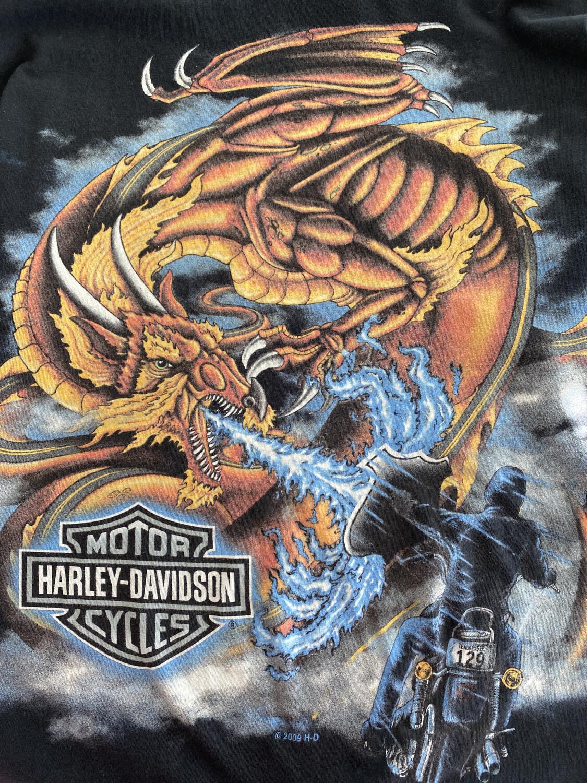Harley Davidson Big Dragon Print Long Sleeve Tee. SIZE: L/XL