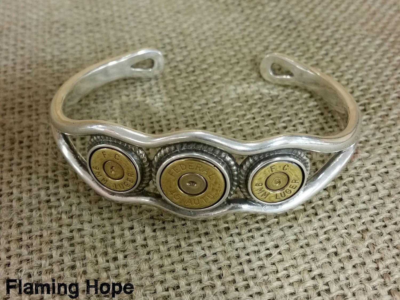 Sterling Silver Tri-Bullet Bracelet