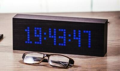 Wecker/Uhr mit Text