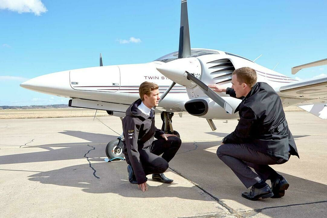 Introduction to Flight Training and Aviation Safety  -  Corporate Experience