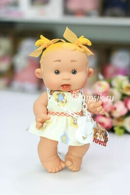 Ванильный пупс Nines d'Onil Девочка с желтыми тонкими хвостиками - 26 см
