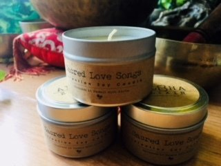 Sacred Love Songs Soy Candle Tuber Rose / Gardenia