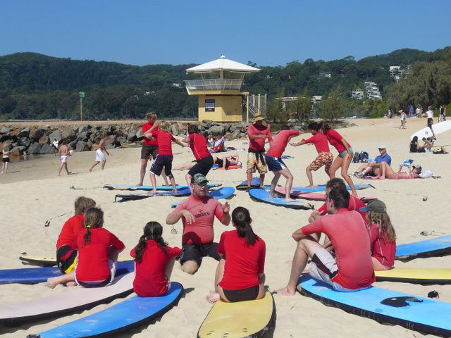 1 Surfing Lesson at learntosurfnoosa