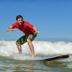 Intermediate Lessons - learntosurfnoosa.com