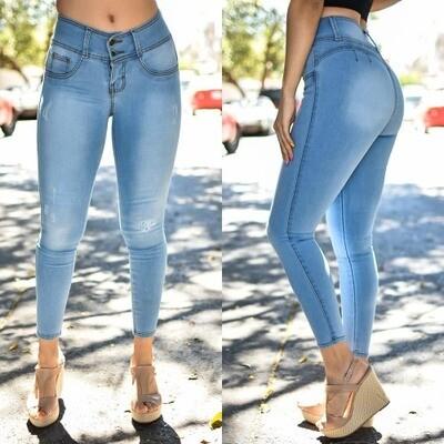 Pantalon tobillero azul claro