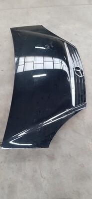 Mercedes A klasse motorkap zwart
