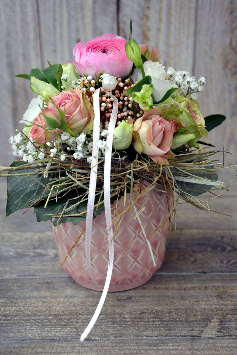 Blumengesteck mit Buschrosen & Perle