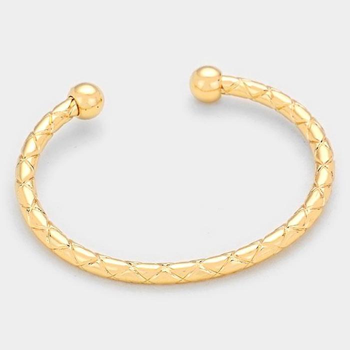 So Twisted Gold Cuff WT-307775