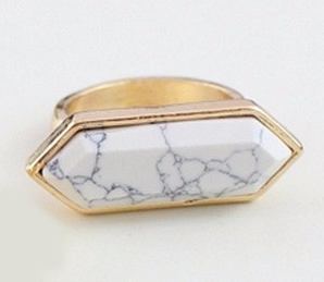 Natural Variegated Stone Ring EUS-80315056872625