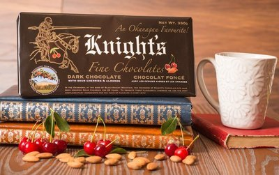 12 Knight's Chocolate 350 g Dark with Cherries & Almonds