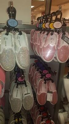 Girl's glittery  pumps