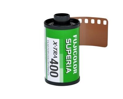 Fujifilm Fujicolor Superia X-TRA 400 Color Negative Film (35mm Roll Film, 36 Exposures) Date 06/2019