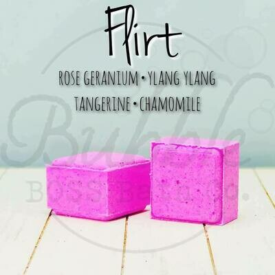 Flirt - Shower Cube