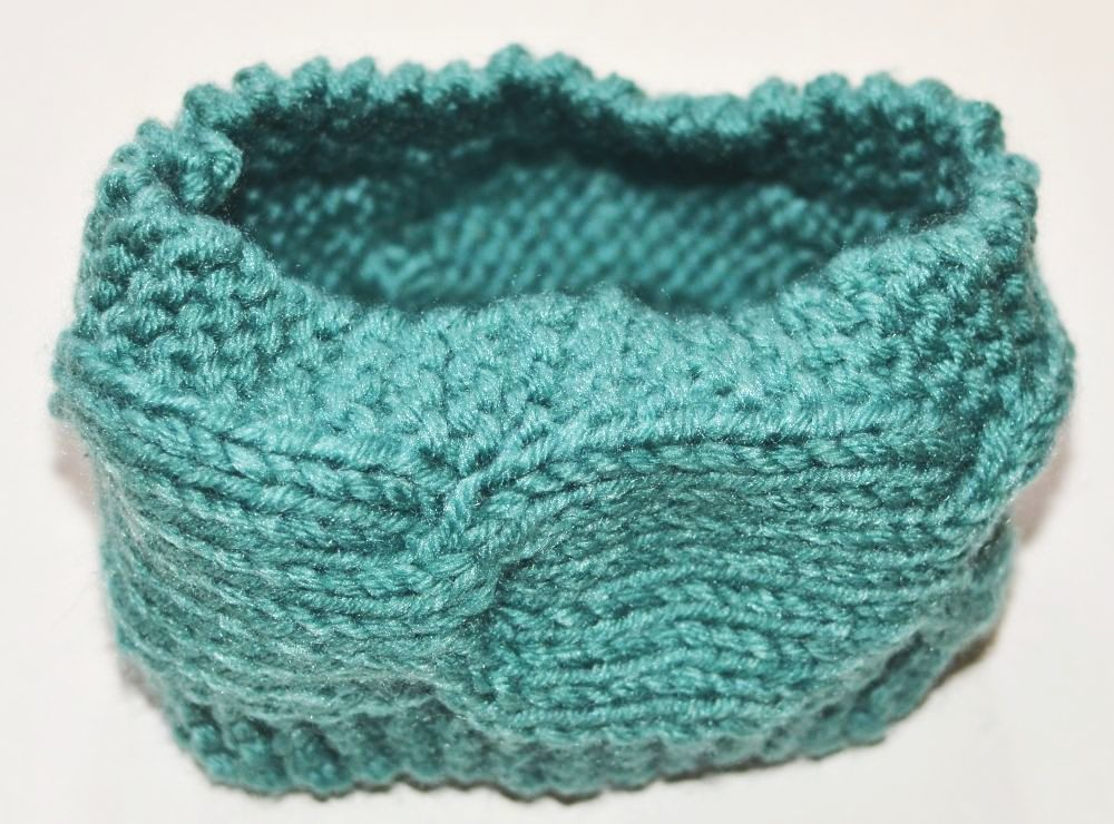 Loop crochet headband