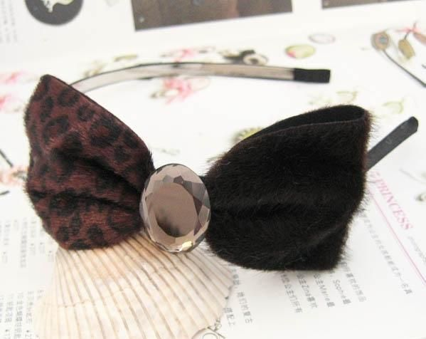Leopard crystal bow-tie headband