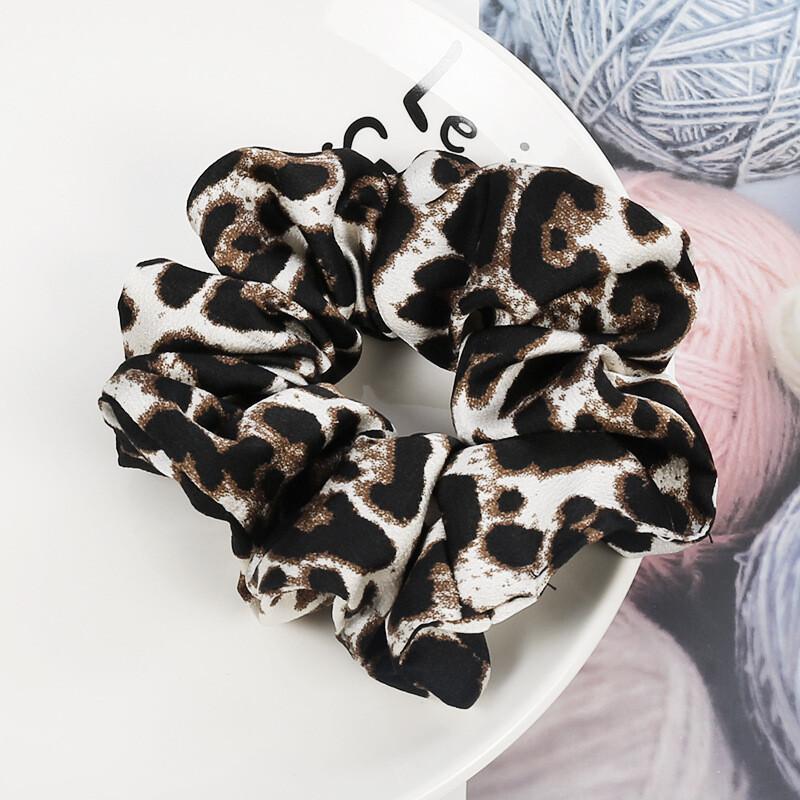 Premium leopard chiffon scrunchies