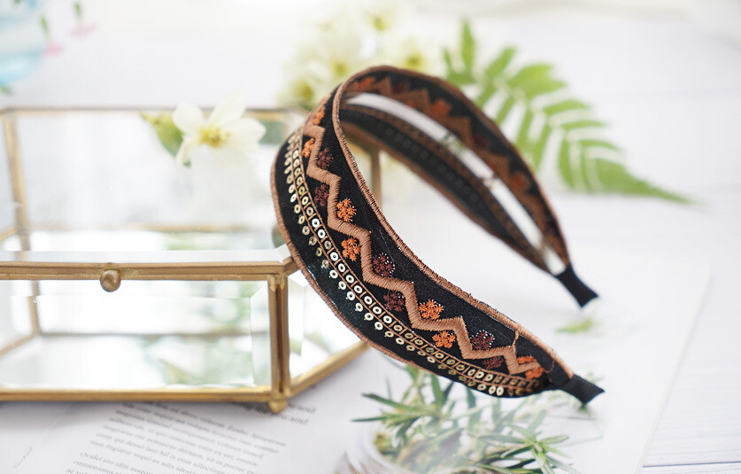 Floral sequins suede headband