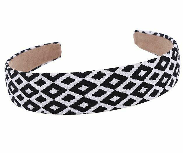 Geometry patterned headband