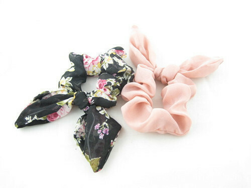 Chiffon scrunchies with bow