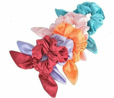 Satin scrunchies with bow