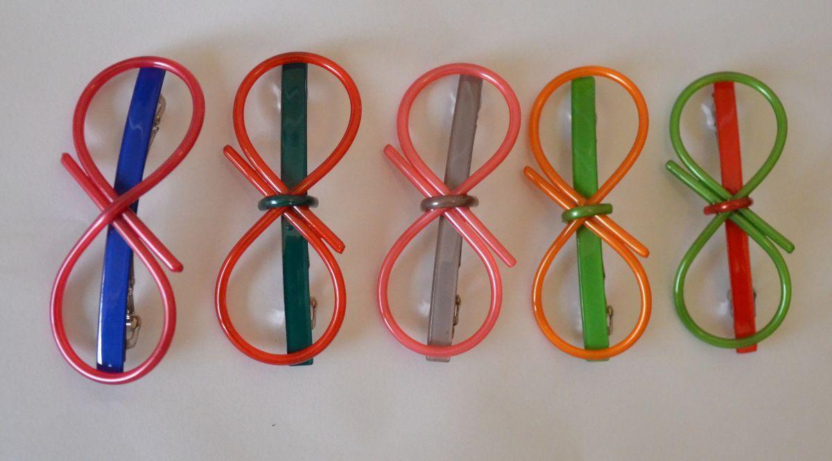 Round bow-tie acrylic hair clip