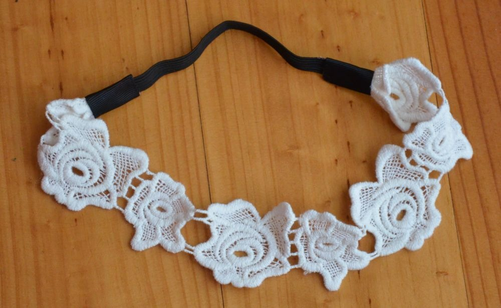 White lace flower elastic headband 00337