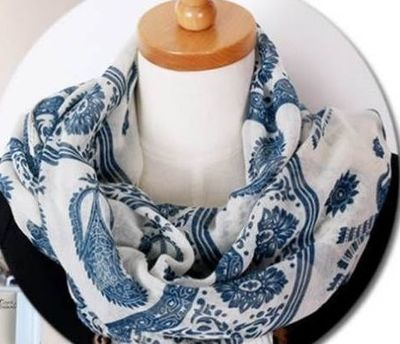 White blue totem flower long scarf