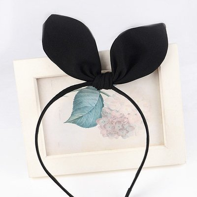 Plain headband with bow
