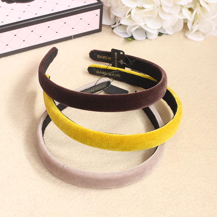 Skinny velvet headband