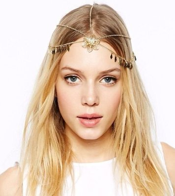 Dangling flower petal golden head chain (front-head)