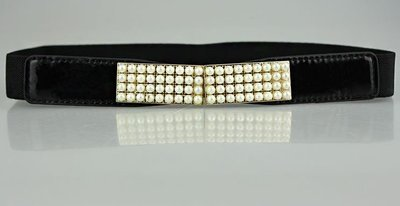 White pearls stretch belt