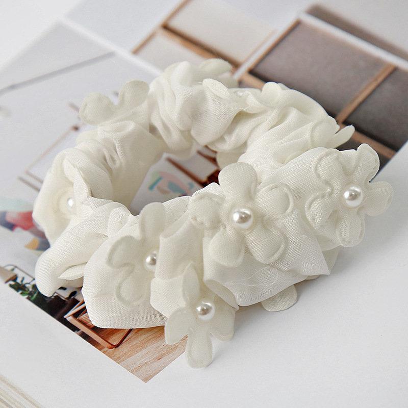 White chiffon flowers scrunchy 01475