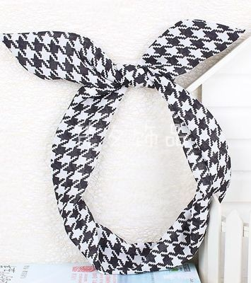 Houndstooth twist hair scarf