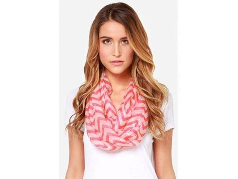 Beautiful waves infinity scarf