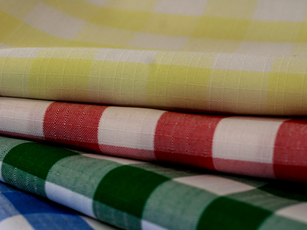 Polycheck Square Tablecloths