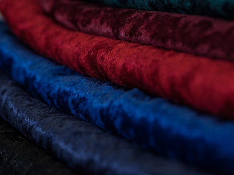 Crushed Velour Oval Tablecloths