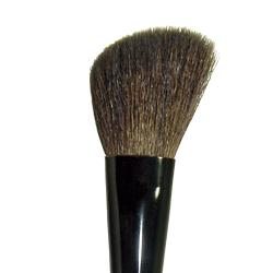 109 Cosmetics Angle Blush Brush