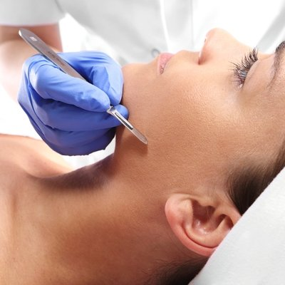 1 Day HANDS-ON Dermaplaning Certification