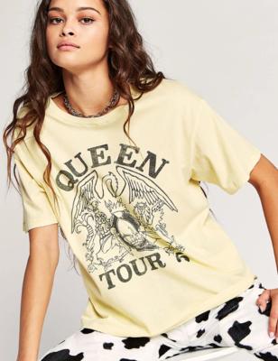 Queen Tour Tee