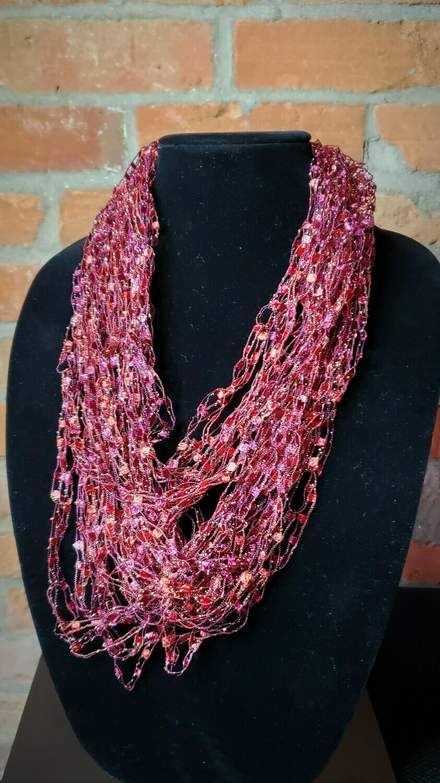 Bright Rose Ladder Yarn Necklace