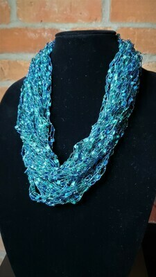 Rich Teal Ladder Yarn Necklace