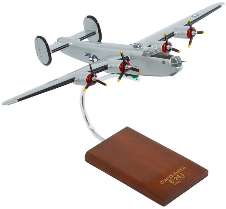 B-24J Liberator (Silver) 1/72 Wood Model Aircraft