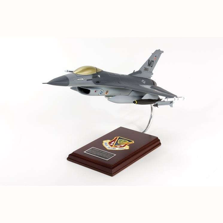 SE/F-16C Falcon 1/32